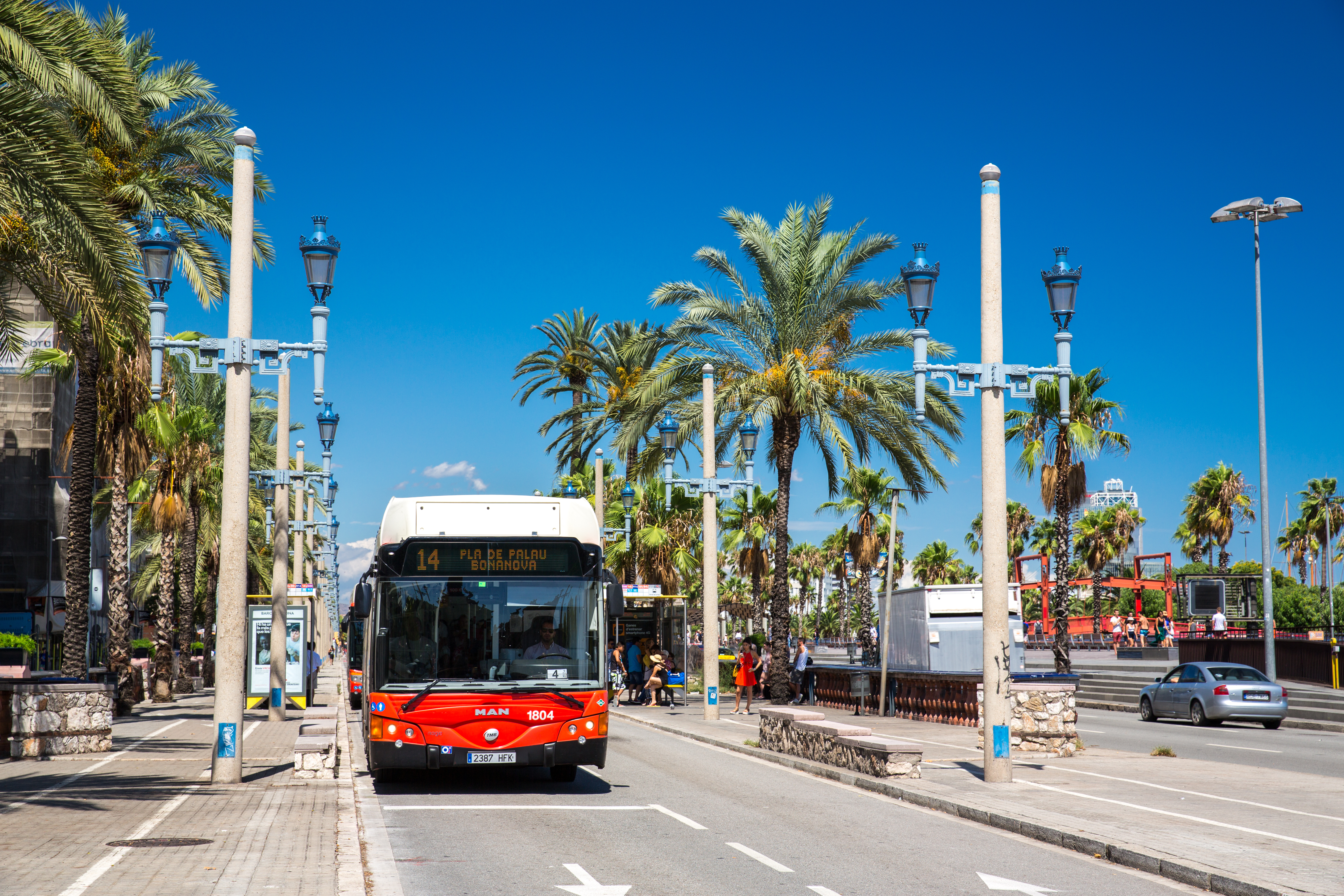 barcelona-tech-city-bus-free-wifi