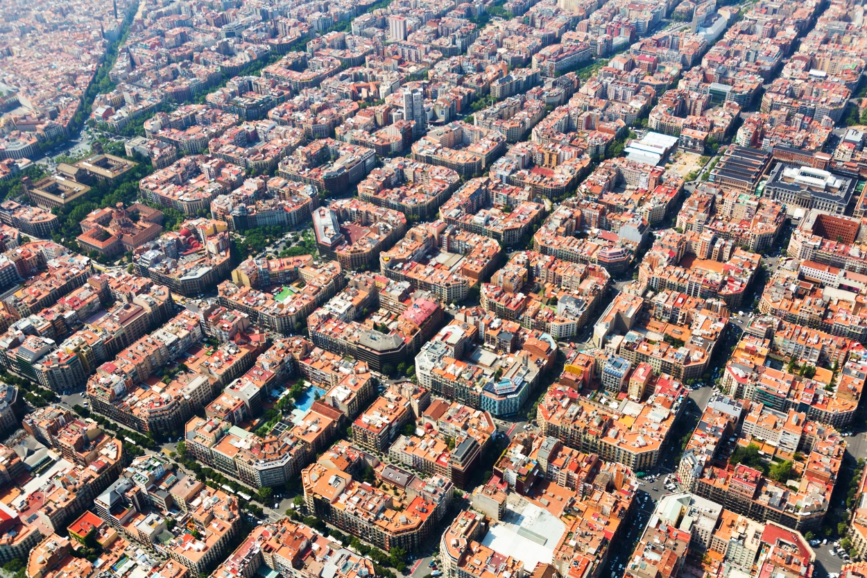 11 Reasons Why Barcelona Is the Best Place for Your Startup - Photo by Iakov Filimonov